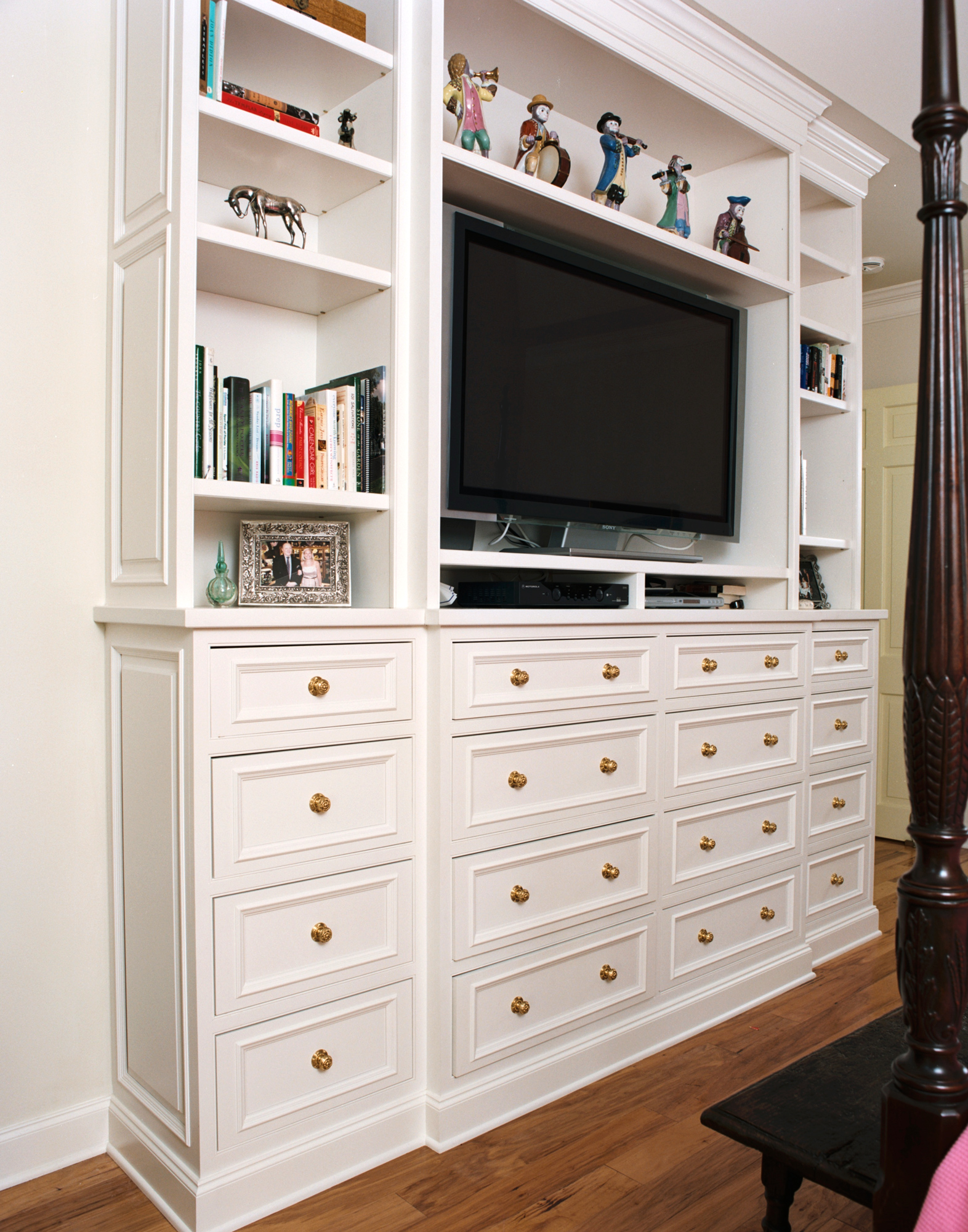 custom cabinet wall unit